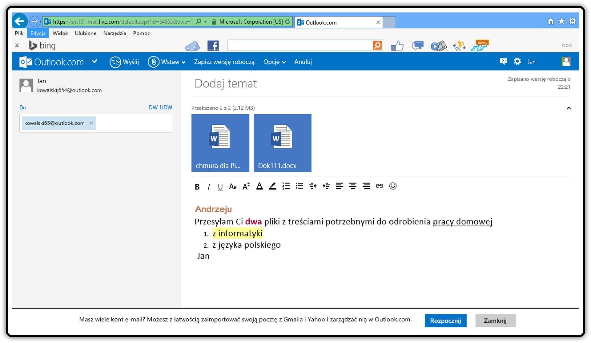 Zrzut okna wiadomości poczty Outlook.com zwidocznymi załącznikami