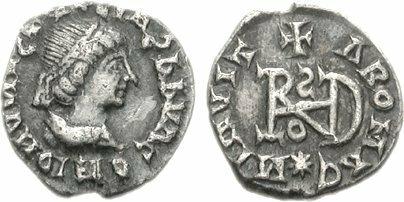 Srebrna moneta Teodoryka Wielkiego Źródło: Srebrna moneta Teodoryka Wielkiego, domena publiczna.