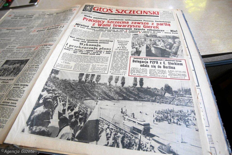 """Fotografia barwna przedstawiająca fragment gazety """"Głos Szczeciński""""."""