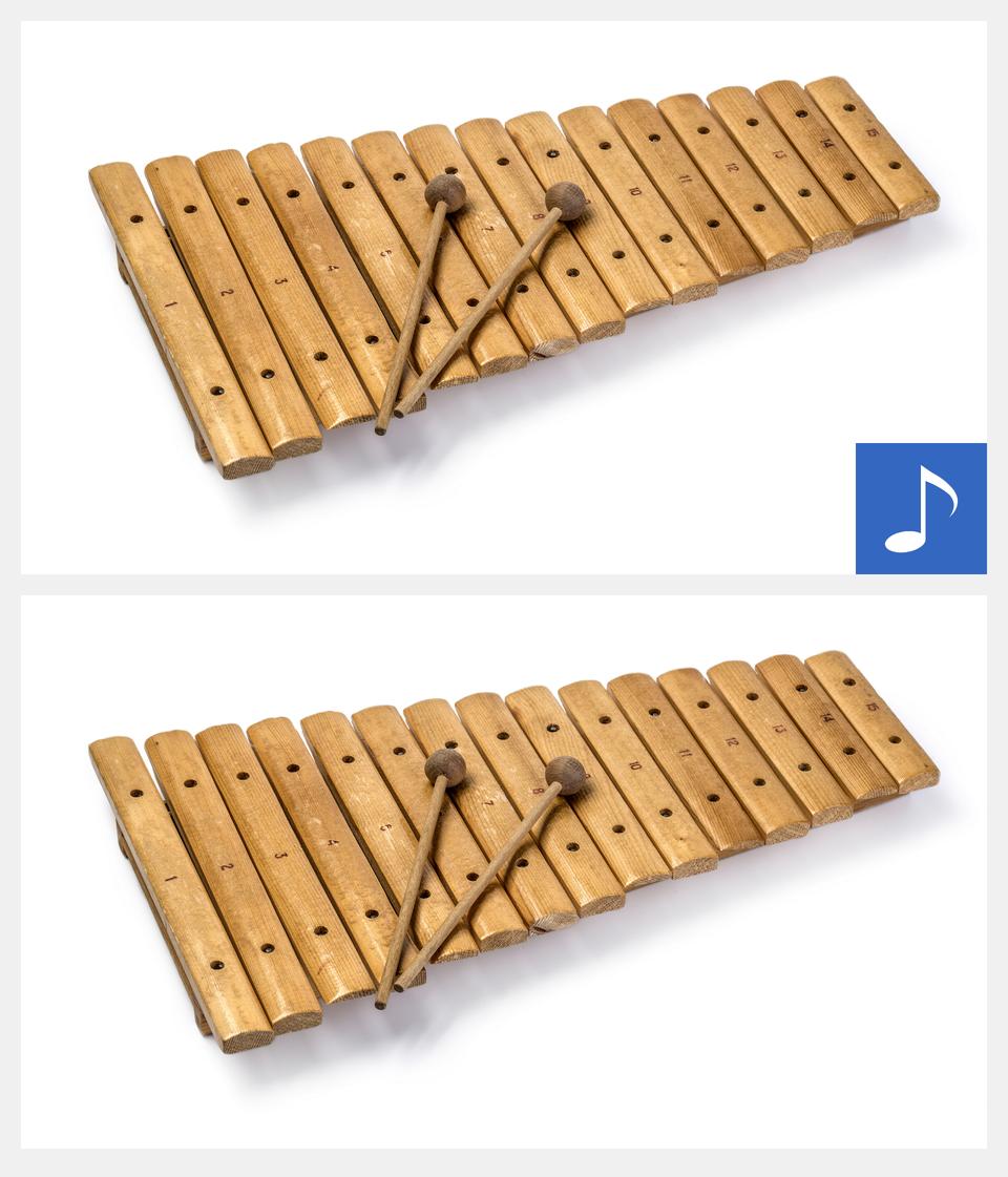 Ilustracja interaktywna - grafika przedstawiająca ksylofon. Ksylofon zbudowany jest zkilku deseczek połączonych ze sobą. Na ksylofonie widoczne są dwie pałeczki.Po kliknięciu na grafikę zostanie wyświetlona informacja dodatkowa oraz odtworzony dźwięk tego instrumentu.