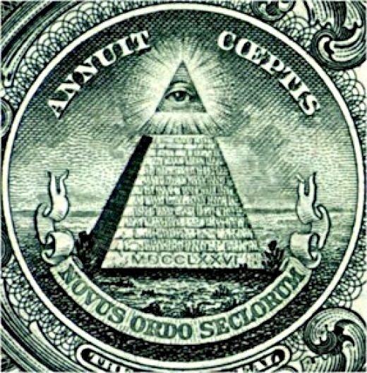 Okoopatrzności na piramidzie – symbol, którym często posługiwali się deiści – tu na amerykańskim banknocie jednodolarowym.Oko Boże to symbol znany już wstarożytnym Egipcie, później przejęty przez religię żydowską ichrześcijaństwo. Stało się też symbolem wolnomularskim jako wszystko widzące oko zawieszone wchmurach. Okoopatrzności na piramidzie – symbol, którym często posługiwali się deiści – tu na amerykańskim banknocie jednodolarowym.Oko Boże to symbol znany już wstarożytnym Egipcie, później przejęty przez religię żydowską ichrześcijaństwo. Stało się też symbolem wolnomularskim jako wszystko widzące oko zawieszone wchmurach. Źródło: domena publiczna.