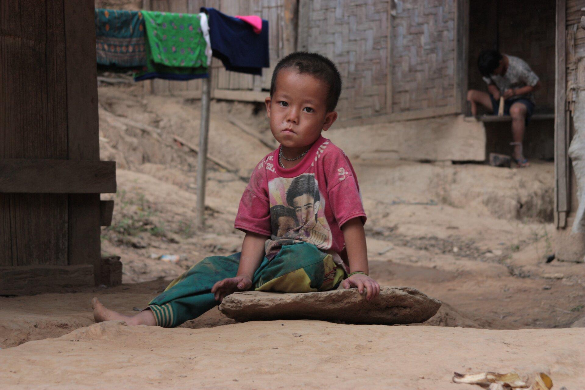 Dysproporcje rozwojowe (bieda) Źródło: pixabay, Dysproporcje rozwojowe (bieda), licencja: CC 0.