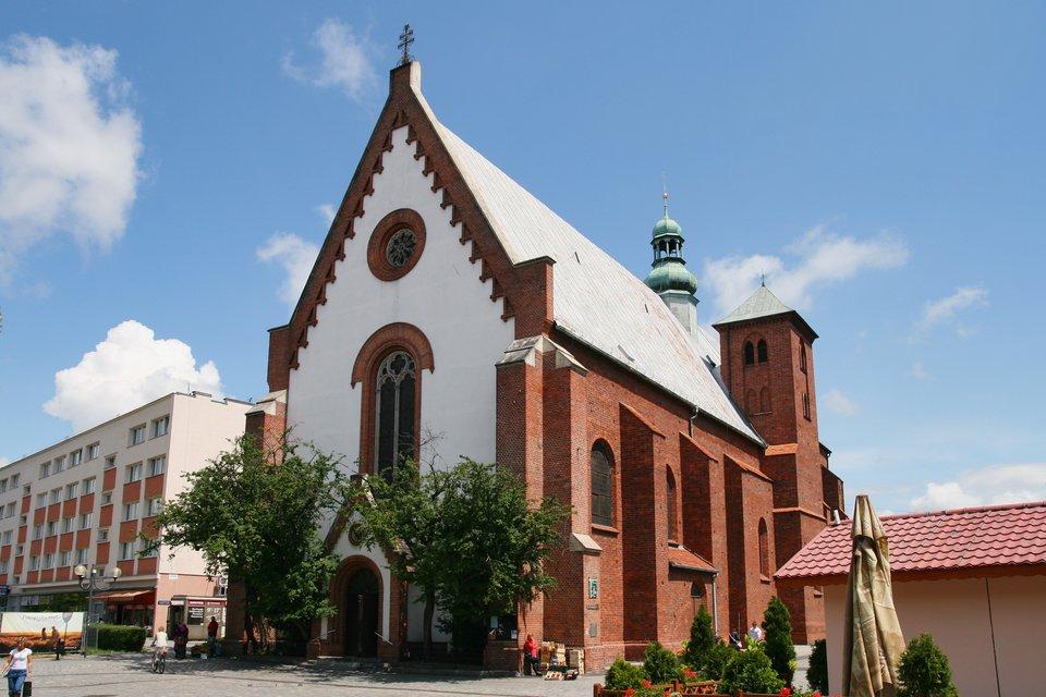 Gotycki kościół św. Jakuba Źródło: Jan Mehlich, Gotycki kościół św. Jakuba , 2011, licencja: CC BY-SA 3.0.