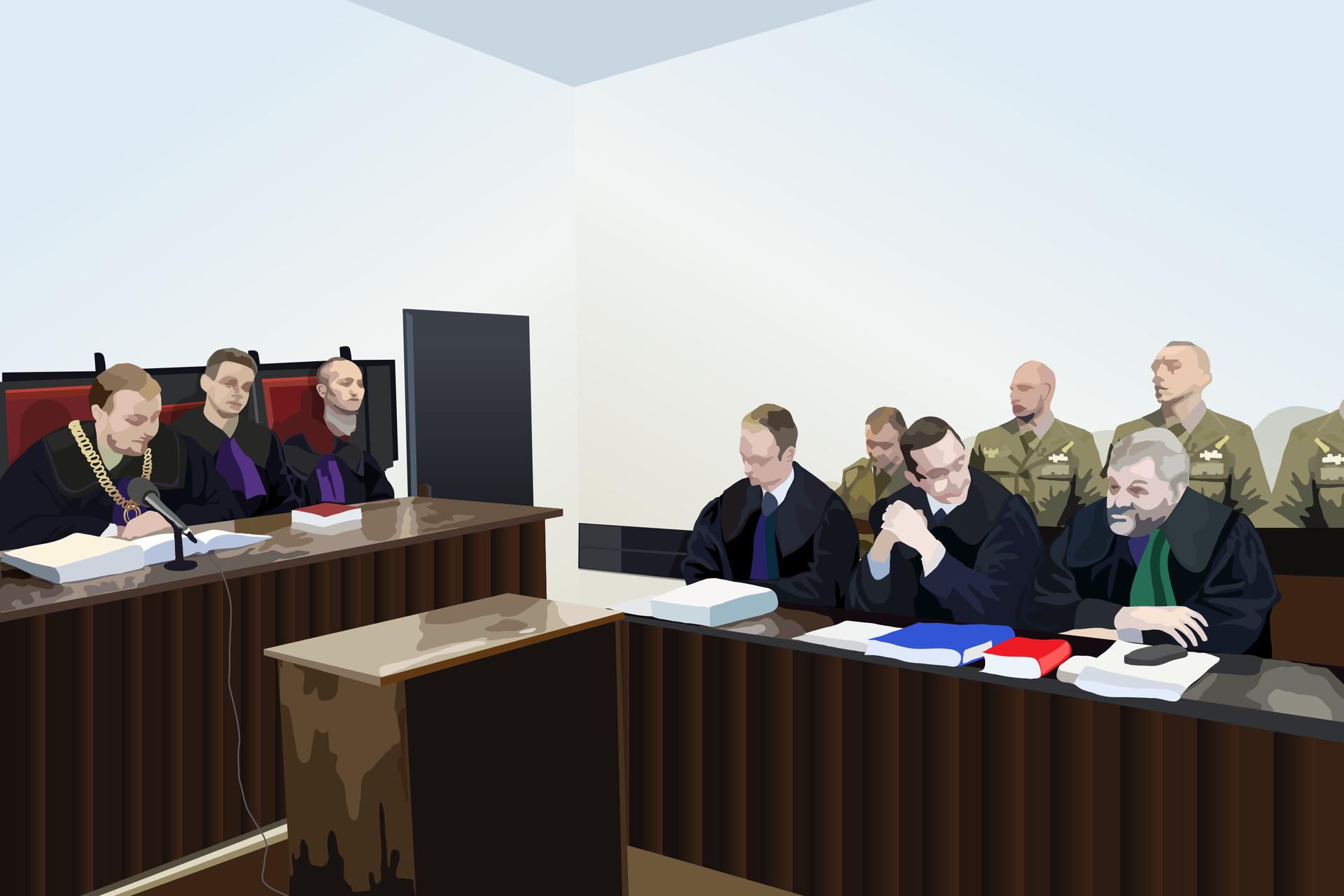Kolorowe zdjęcie przedstawia salę sądową. Po lewej ława sędziowska. Sędzia oraz 2 ławników na prawo do sędziego. Po prawej stronie ława prostopadle ustawiona do sędziego. Trzy osoby siedzą: od lewej radca, oskarżony iadwokat. Wgłębi, za siedzącymi, stoją 4 żołnierze wmundurach.