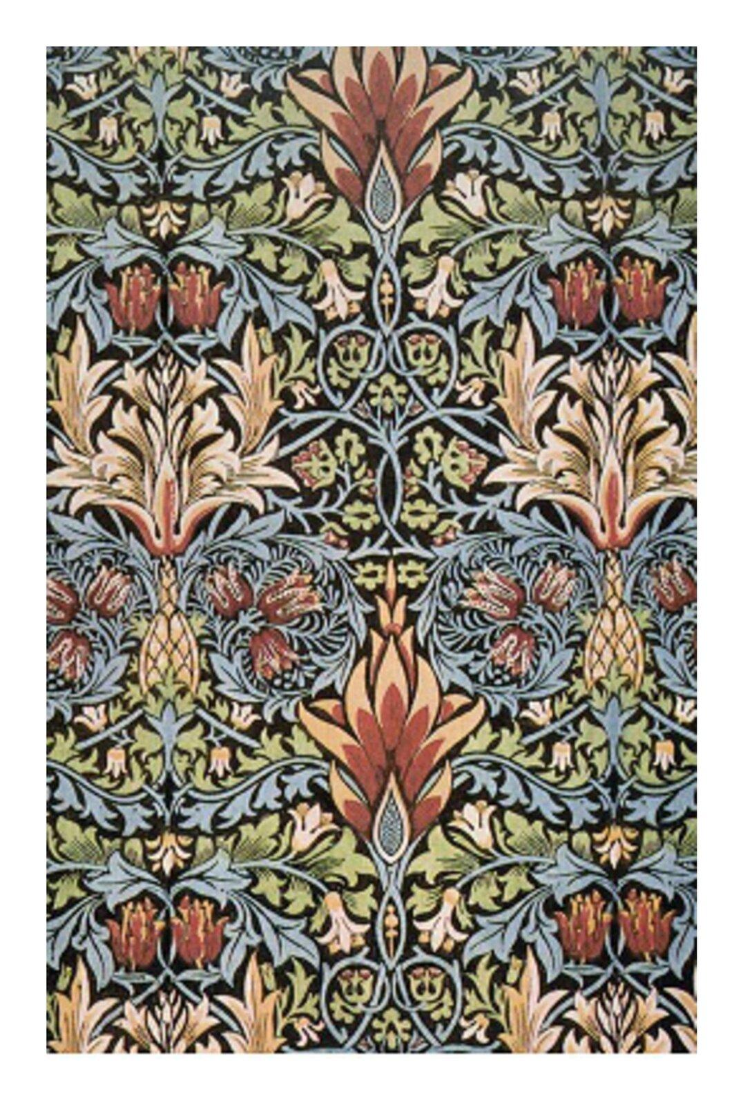 Wzadaniu została wykorzystana grafika ornamentu kwiatowego, wzór przedstawia powtarzające się fragmentu kwiatów zużyciem wielu kolorów.