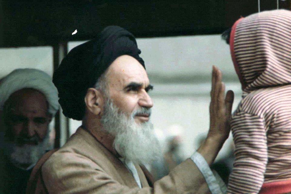 RuhollahMusawi Chomeini RuhollahMusawi Chomeini Źródło: Fotografia, domena publiczna.