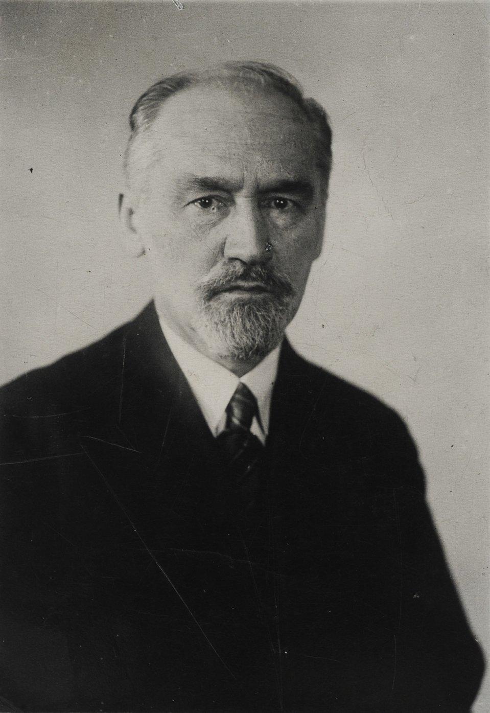 zdjęcie-portret Karola Irzykowskiego Źródło: polona.pl, domena publiczna.