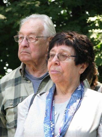Joanna Olczak-Ronikier zAndrzejem Wajdą Joanna Olczak-Ronikier zAndrzejem Wajdą Źródło: Mariusz Kubik, 2008, fotografia barwna, licencja: CC BY 3.0.
