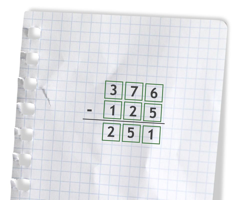 Przykład: 376 - 125 =251. Rozwiązanie zadania podpunkt b.