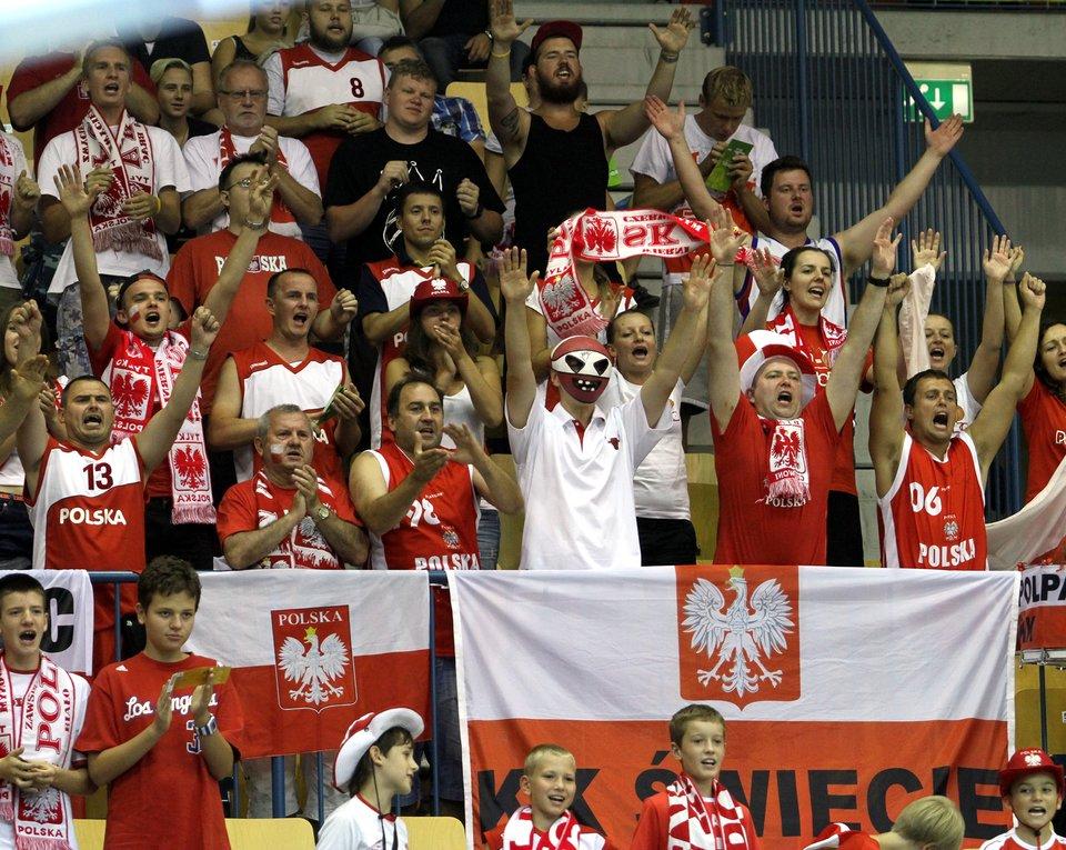 Kibice reprezentacji Polski Kibice reprezentacji Polski Źródło: Andrzej Romański, licencja: CC BY-SA 3.0.