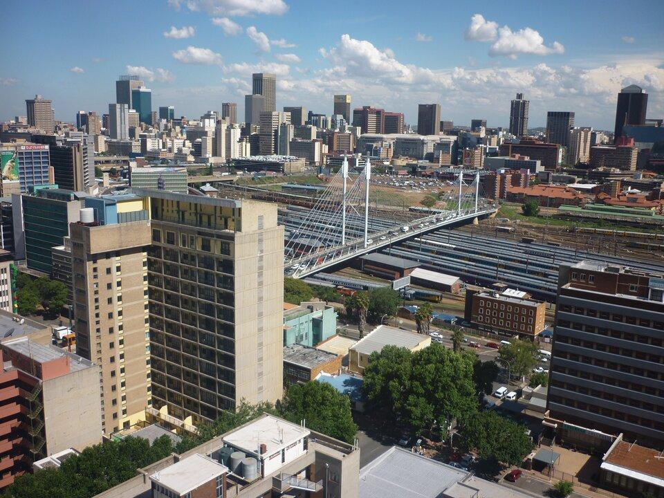 Na zdjęciu nowoczesna zabudowa iinfrastruktura miejska.