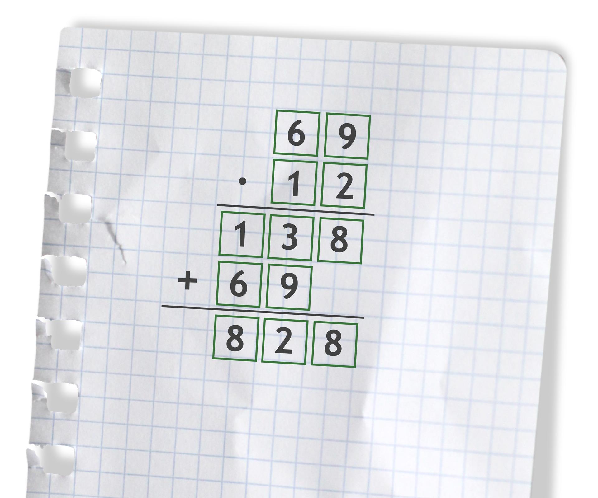 Przykład: 69 razy 12 =828. Rozwiązanie zadania podpunkt a.