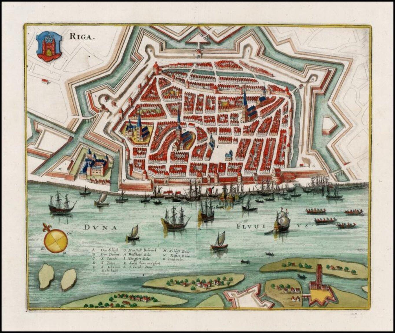 Ryga Wlutym1601roku Szwedzi dotarli aż doDźwiny, wkońcu lutego wojska szwedzkie pojawiły się pod Rygą.Najbardziej dogodnym terenem do ataku był odcinek północny, gdzie znajdowały się łagodne wzgórza. Szwedzi właśnie na tych pagórkach założyli obóz irozpoczęli ostrzał miasta. Bardzo ważne ze względów strategicznych było zajęcie wyspy położonej naprzeciwko zdewastowanego zamku ryskiego. Umożliwiało to dogodny ostrzał miasta, atakże blokowanie ewentualnej odsieczy. Szwedzi zajęli również szaniec koło Bramy Piaskowej, który umożliwiał prowadzenie prac oblężniczych wpobliżu murów miejskich. Tak przygotowani zaczęli umieszczać pod murami miny. Ostatecznie 24 września Gustaw Adolf pokazał przedstawicielom miasta postęp prac oblężniczych, co zmusiło radę miejską do złożenia dzień później kapitulacji. Wślad za miastem musiał poddać się słabo umocniony zamek. Źródło: Matheus Merian, Ryga, ok. 1638 r., domena publiczna.