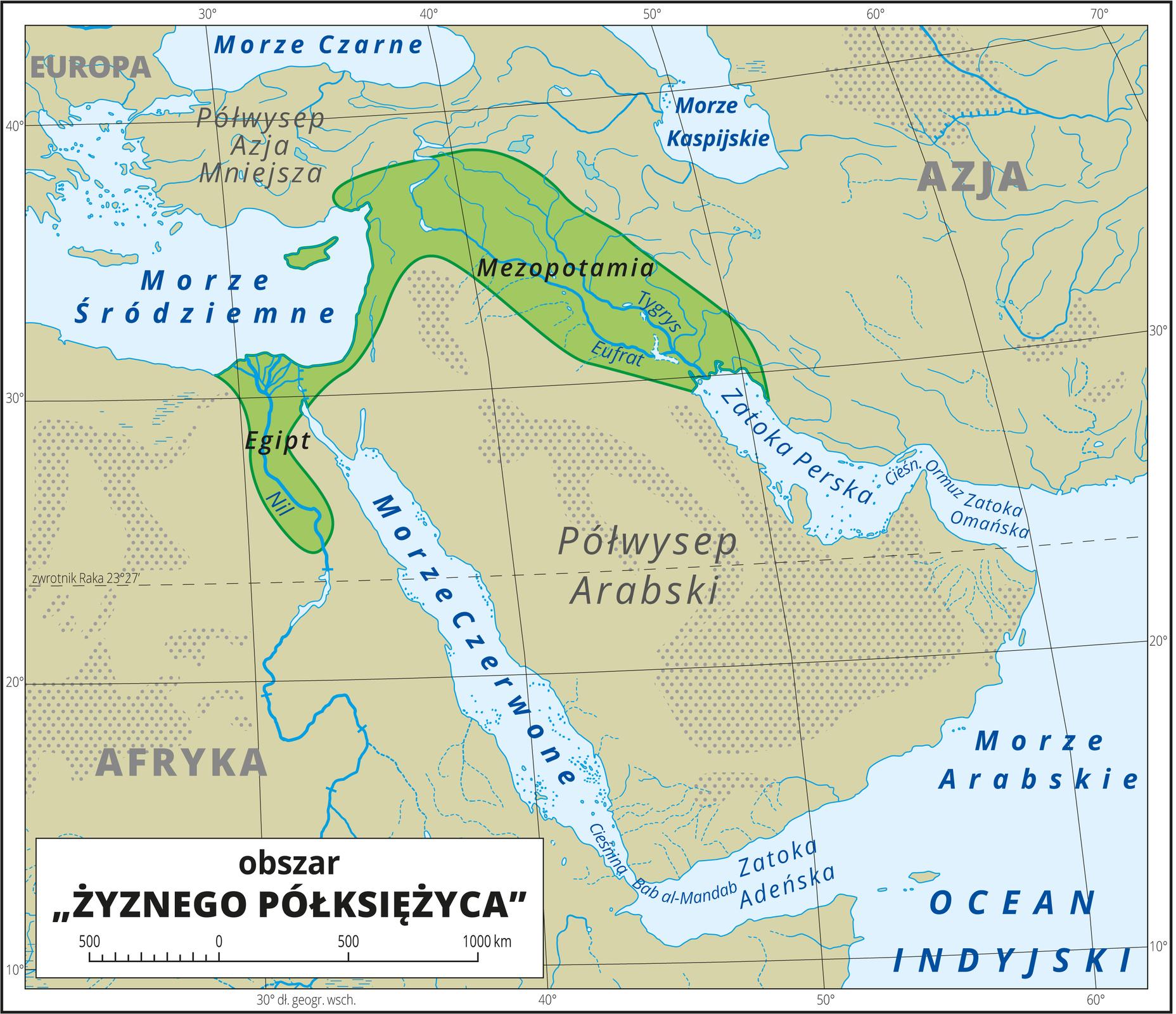 """Ilustracja przedstawia obszar """"żyznego półksiężyca"""", czyli pas ziemi, ciągnący się od Egiptu poprzez Palestynę iSyrię po Mezopotamię. Oznaczono go kolorem zielonym. Mapa pokryta jest równoleżnikami ipołudnikami. Dookoła mapy wbiałej ramce opisano współrzędne geograficzne co dziesięć stopni."""