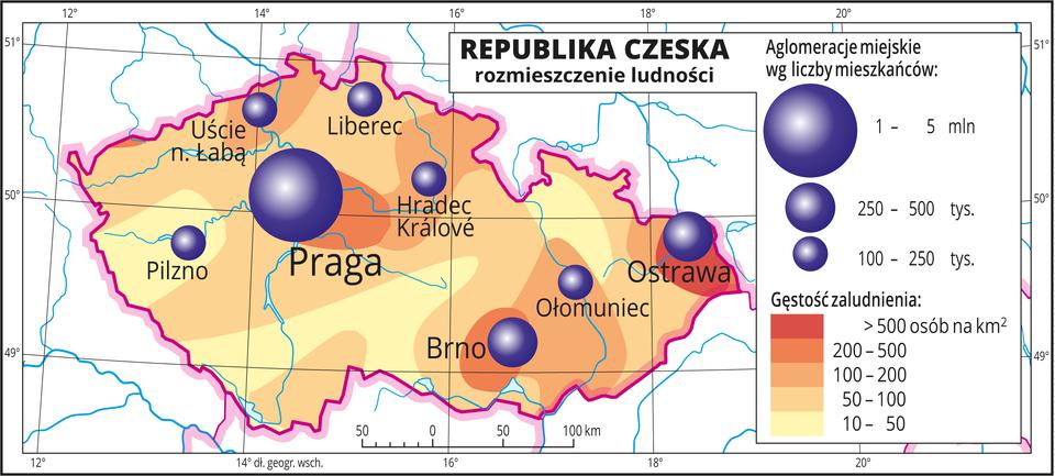 Ilustracja przedstawia mapę Republiki Czeskiej. Na mapie przedstawiono rozmieszczenie ludności. Kolorami od żółtego do czerwonego przedstawiono gęstość zaludnienia. Plamy rozkładają się nieregularnie, wokół miast kolor pomarańczowy iczerwony oznaczający dużą gęstość zaludnienia, nawet powyżej pięciuset osób na kilometr kwadratowy. Na mapie różnej wielkości sygnatury (koła) obrazujące aglomeracje miejskie wg liczby mieszkańców: Praga – od jednego miliona do pięciu milionów mieszkańców. Brno, Ostrawa od dwustu pięćdziesięciu do pięciuset tysięcy mieszkańców. Kilka mniejszych sygnatur poniżej dwustu pięćdziesięciu tysięcy mieszkańców. Mapa zawiera południki irównoleżniki, dookoła mapy wbiałej ramce opisano współrzędne geograficzne.