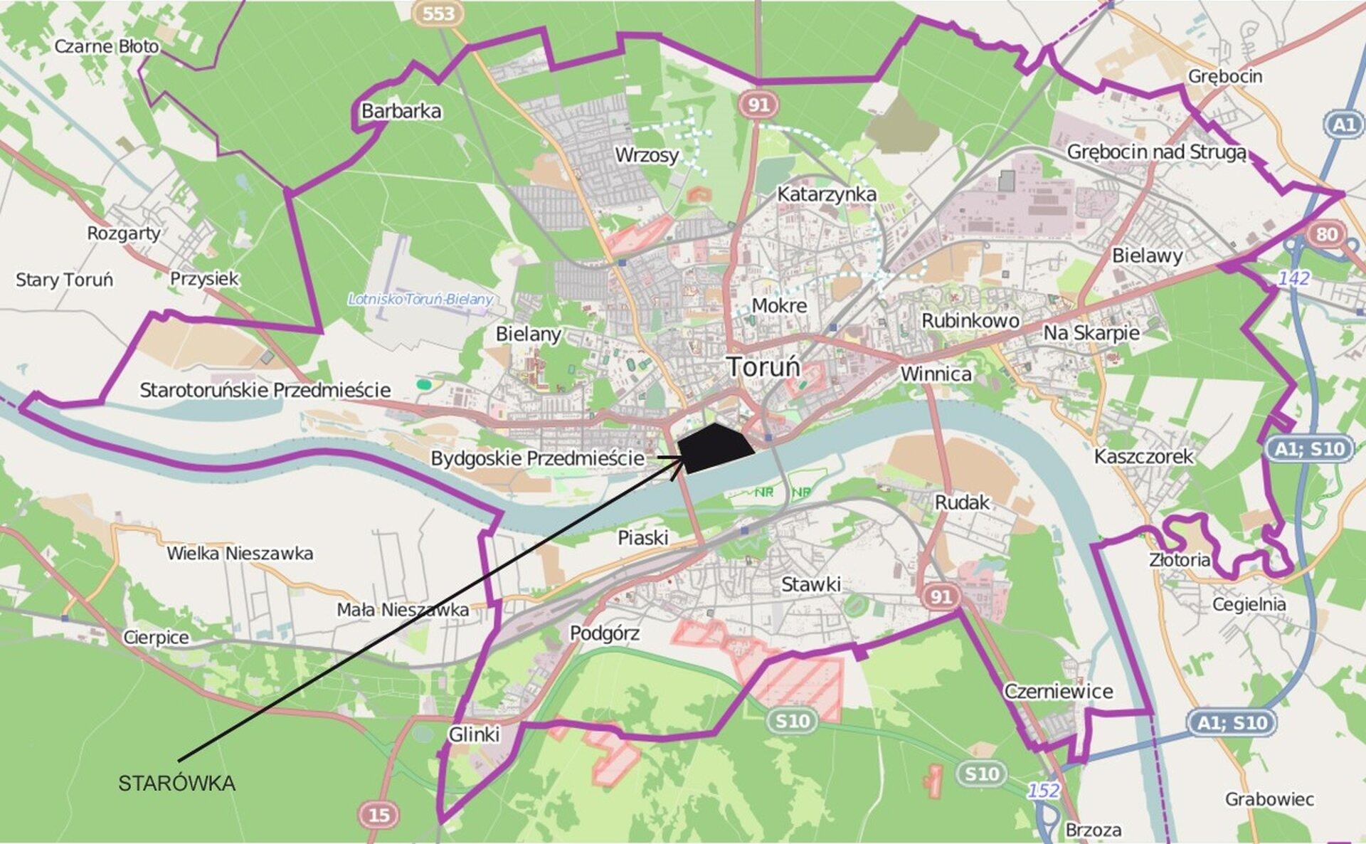 Ilustracja przedstawia współczesną mapę geograficzną miasta Toruń. Mapa jest kolorowa. Duży obszar wokół miasta wypełniają zaznaczone tereny zielone, wśród nich lasy. Czarnym kolorem zaznaczono starówkę, akolorem fioletowym - obszar administracyjny miasta. Na mapie naniesione są nazwy dzielnic Torunia.