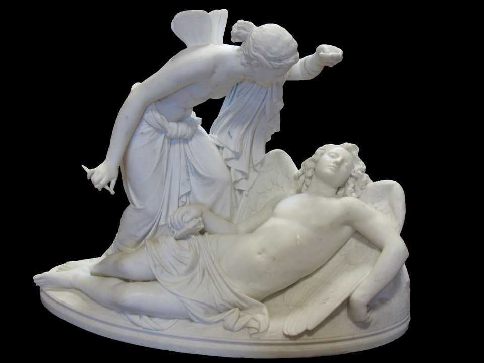 Eros iPsyche Źródło: Reinhold Begas, Eros iPsyche, 1854–1857, domena publiczna.