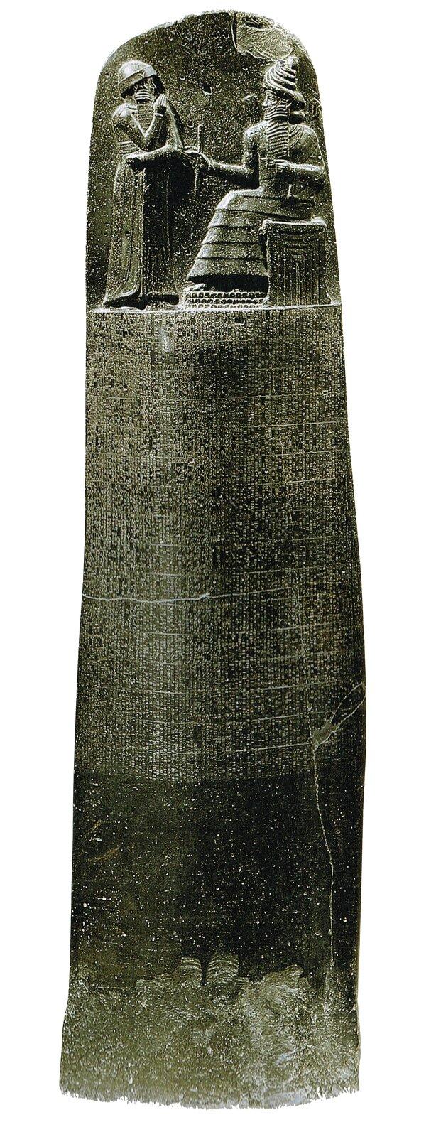 Prawa Hammurabiego zostały wyryte na kamiennym słupie, który obecnie znajduje się wLuwrze wParyżu Prawa Hammurabiego zostały wyryte na kamiennym słupie, który obecnie znajduje się wLuwrze wParyżu Źródło: Musée du Louvre, licencja: CC BY 3.0.