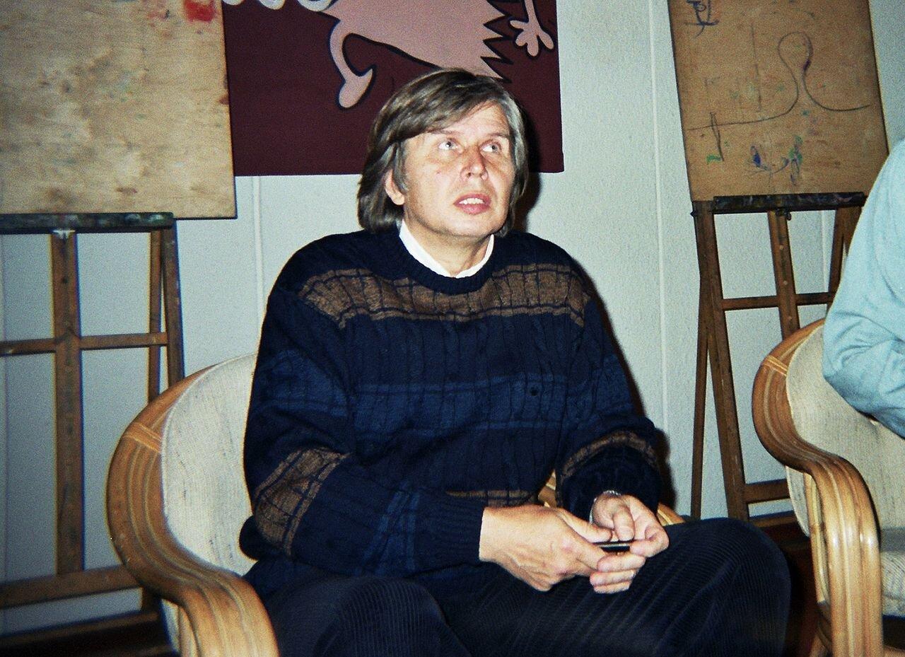 Tadeusz Baranowski na spotkaniu zczytelnikami podczas XI Międzynarodowego Festiwalu Komiksu wŁodzi Tadeusz Baranowski na spotkaniu zczytelnikami podczas XI Międzynarodowego Festiwalu Komiksu wŁodzi Źródło: Wikimedia Commons/Arek1979, licencja: CC BY-SA 3.0.