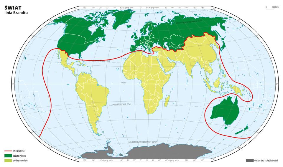 Ilustracja przedstawia mapę świata. Wody zaznaczono kolorem niebieskim. Państwa Ameryki Północnej – Stany Zjednoczone iKanadę, wszystkie państwa europejskie, państwa powstałe po rozpadzie ZSRR, Japonię oraz Australię oznaczono kolorem ciemnozielonym. Resztę państw oznaczono kolorem jasnozielonym. Pomiędzy nimi narysowano czerwoną linię. To linia Brandta. Dookoła mapy wbiałej ramce opisano współrzędne geograficzne co dwadzieścia stopni. Na dole mapy wlegendzie narysowano dwa prostokąty. Ciemnozielony opisano bogata Północ. Jasnozielony prostokąt opisano biedne Południe.