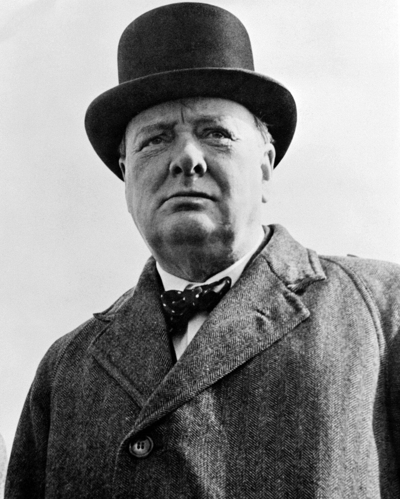 Sir Winston Churchill Źródło: United Nations Information Office, New York, Sir Winston Churchill, Biblioteka Kongresu Stanów Zjednoczonych, domena publiczna.