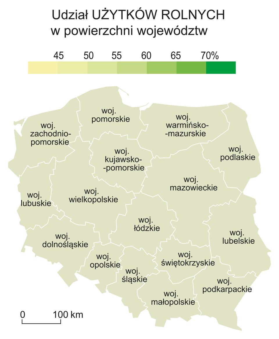 Na ilustracji mapa konturowa Polski zpodziałem na województwa. Nad nią legenda zkolorami. Kolory jasne niski udział użytków rolnych wpowierzchni województw (40%). Kolory ciemne duży udział użytków rolnych wpowierzchni województw (70%).