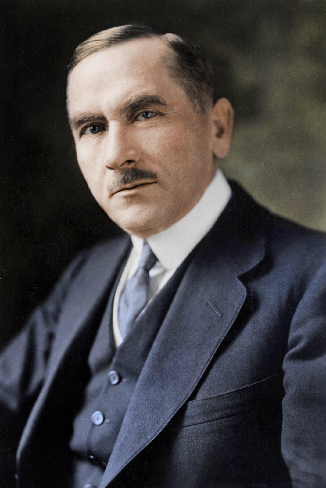 Roman Dmowski Źródło: Harris & Ewing, Roman Dmowski, 1919, domena publiczna.