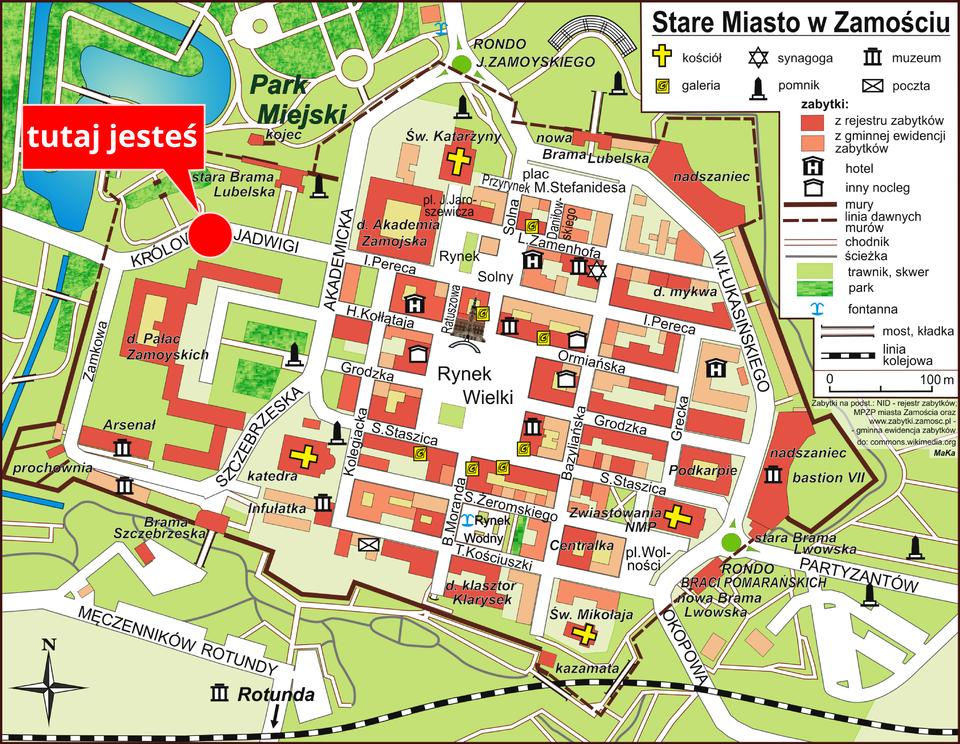 Na ilustracji pokazano plan miasta, zoznaczonymi na biało ulicami, brązowymi budynkami. Za pomocą punktowych znaków kartograficznych zaznaczono: kościoły, synagogi, galerie, muzea, pomniki. Kolorem zielonym oznaczono: parki, trawniki iskwery. Na planie za pomocą dużej czerwonej kropki zaznaczono miejsce, wktórym znajduje się obserwator.
