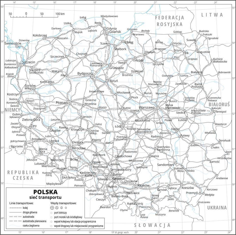 Ilustracja przedstawia konturową mapę Polski zoznaczoną przy pomocy różnego rodzaju znaków ilinii siecią transportu. Na mapie przedstawiono linie kolejowe, drogi główne, autostrady istniejące iplanowane, żeglowne rzeki iwęzły transportowe: lotnicze, morskie, śródlądowe, kolejowe idrogowe. Mapa pokryta jest równoleżnikami ipołudnikami. Dookoła mapy wbiałej ramce opisano współrzędne geograficzne co jeden stopień. Wlegendzie opisano znaki użyte na mapie.