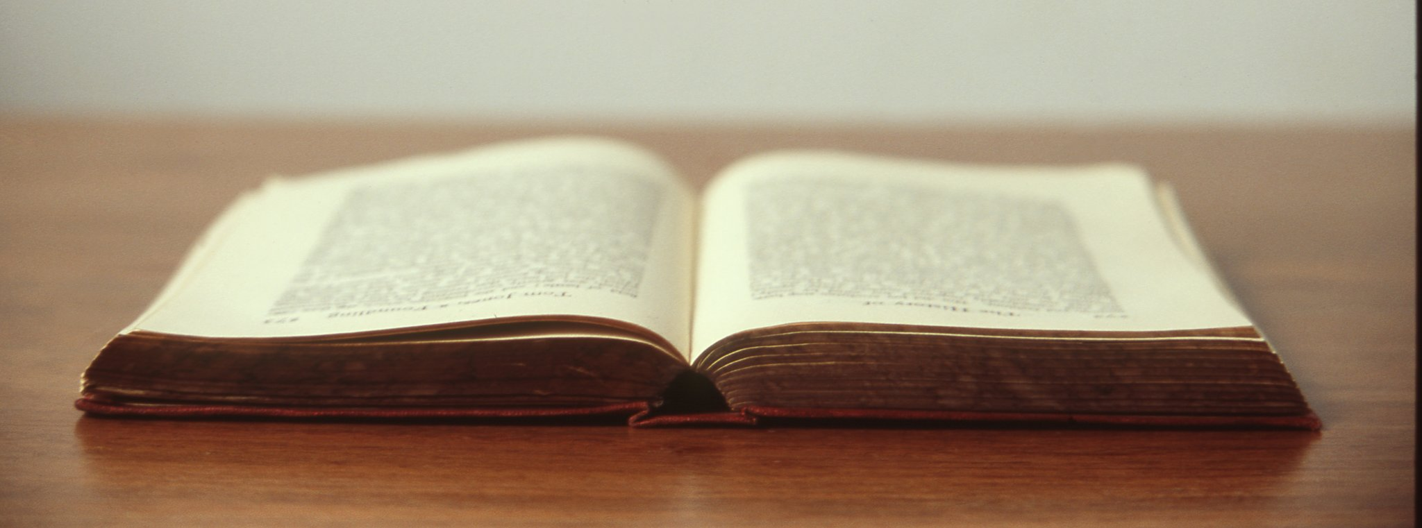 Stara książka Źródło: licencja: CC 0.