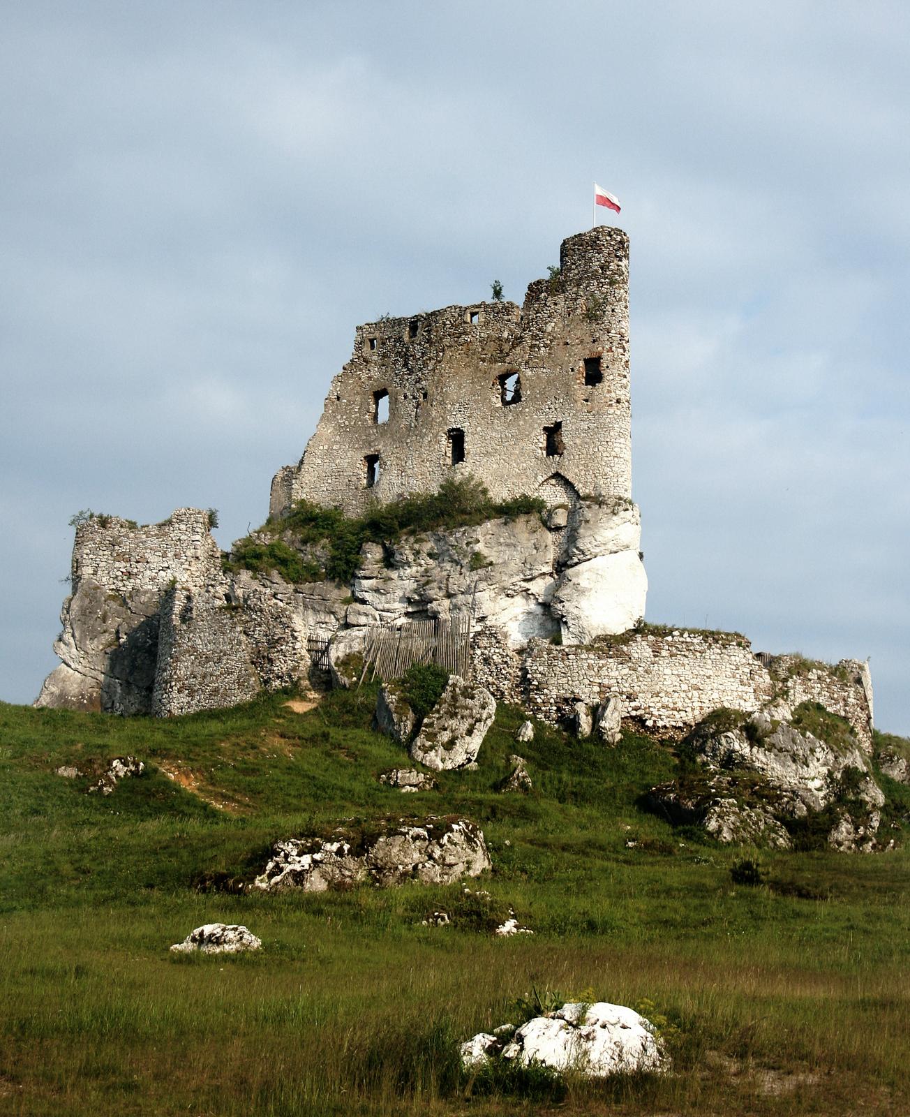 Zamek wMirowie Zamek wMirowie Źródło: Przykuta, Wikimedia Commons, licencja: CC BY-SA 3.0.