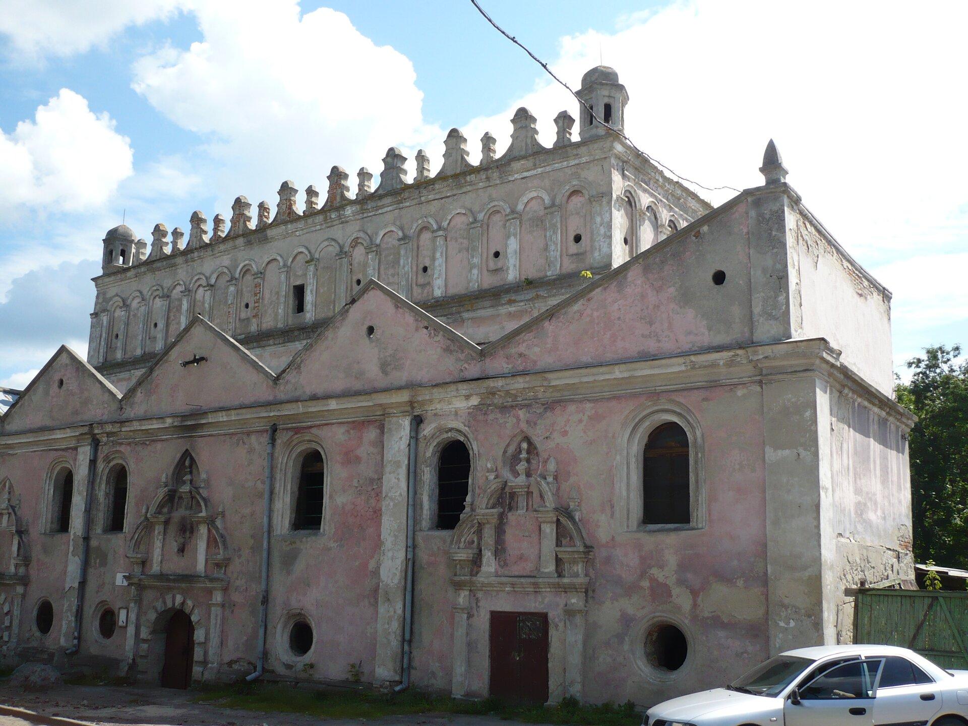 Synagoga wŻółkwi Synagoga wŻółkwi Źródło: Tomasz Leśniowski, Wikimedia Commons, licencja: CC BY-SA 3.0.