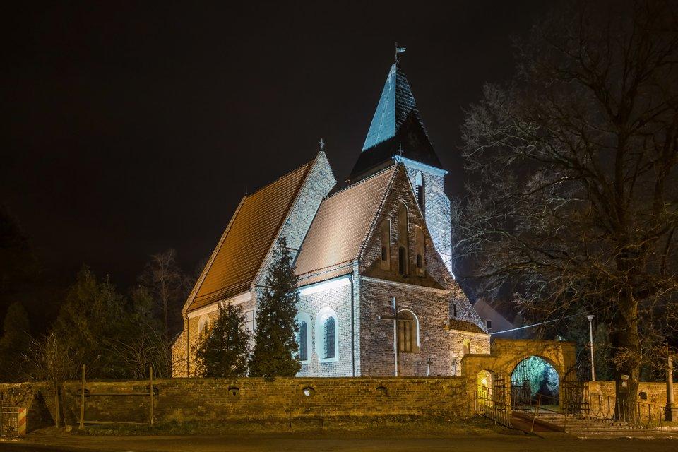 na zdjęciu kościół obronny podwezwaniem Wniebowstąpienia Pana Jezusaz1473 r.wJaszkotlu koło Wrocławia
