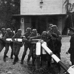 World War II - arevision lesson