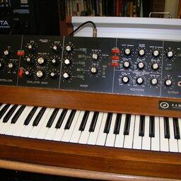 Wybrane eksperymenty inowe technologie wmuzyce XX wieku.