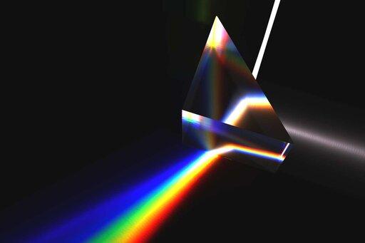 0730 Widmo światła białego