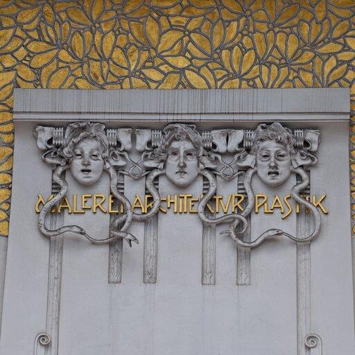 Dążenie Gustava Klimta do malarstwa totalnego
