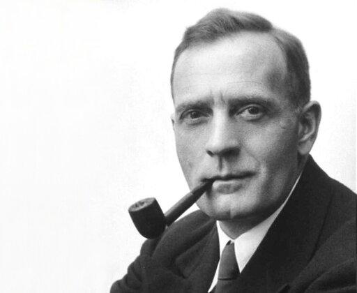 0342 Kim był Edwin Powell Hubble?