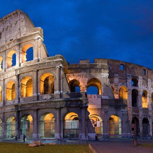 Przede wszystkim wsłużbie ludzkości iwładzy – architektura starożytnego Rzymu