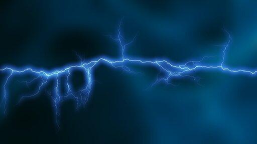 0531 Układ linii pola elektrycznego wokół przewodnika.
