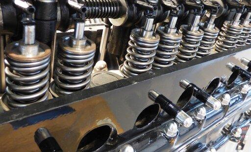 0460 Cykl pracy czterosuwowego silnika spalinowego