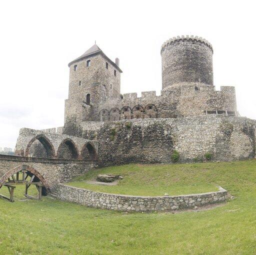"""Wycieczka wirtualna """"Zamek wBędzinie II"""""""