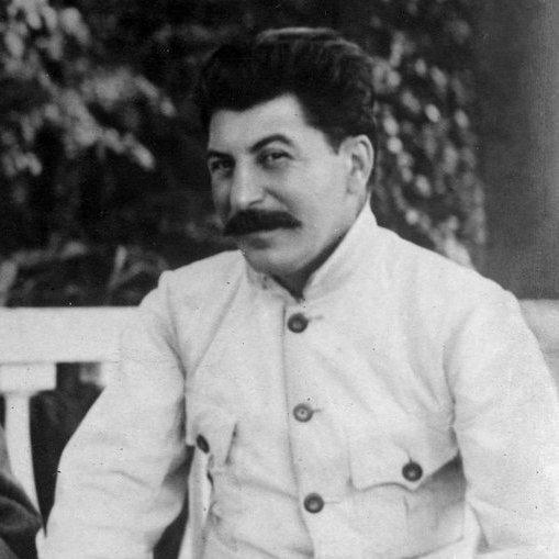 Wdrodze na szczyt - przejęcie władzy przez Józefa Stalina
