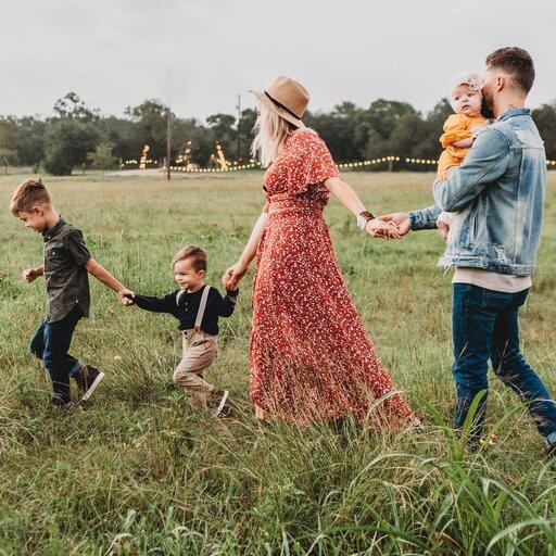 Jakie instytucje chronią rodzinę?