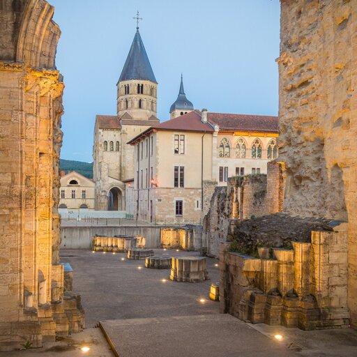 Kamienie milowe średniowiecznej architektury sakralnej