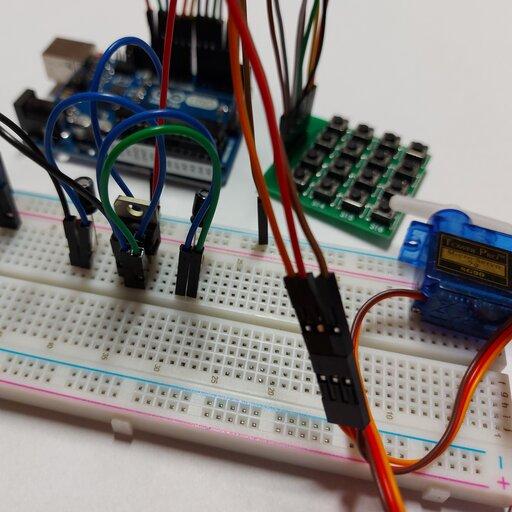 Arduino – zamek na hasło