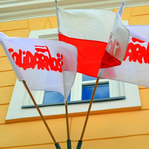 Systemy partyjne – Polska po 1989 r. – ewolucja systemu partyjnego
