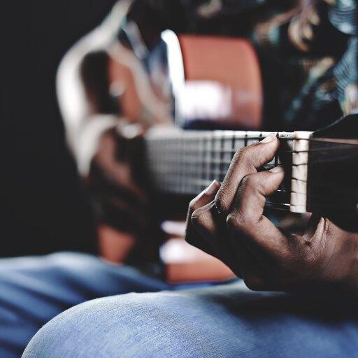 Uczymy się grać na gitarze