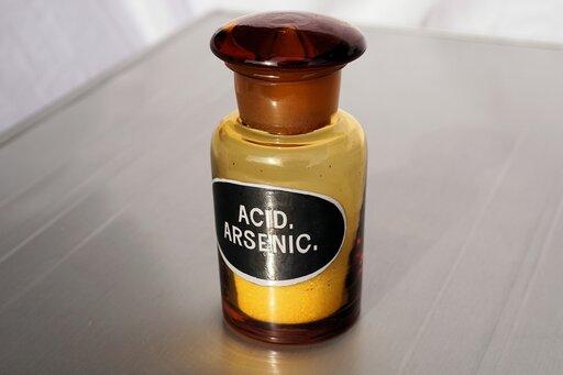 Właściwości izastosowania arsenu oraz jego najważniejszych związków