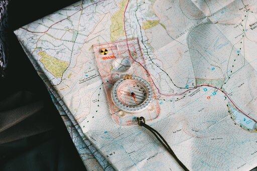 Zasady posługiwania się mapą topograficzną wterenie